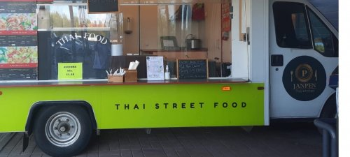 Thai Street Food -auto Janpen Rautiaisesta kertovaan lööppiin